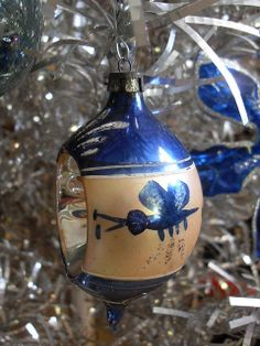 1940s & 1950s Shiny Brite Christmas Ornaments on Vintage 1950s Evergleam Tree