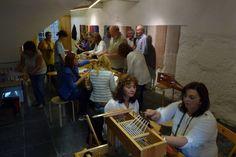 Weaving workshop held by Guida Fonseca at Arts &Crafts Center. September 2014.