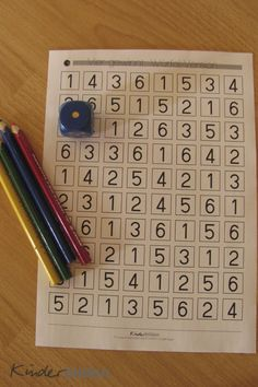Learn to play with dice + 4 in a row The Effective Pictures We Offer You About Montessori Materials free A quality picture can tell you many things. Math Games, Preschool Activities, Montessori Materials, Home Schooling, Kindergarten Math, Kids Education, Math Centers, Kids And Parenting, Kids Learning