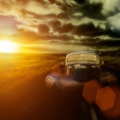 30 Lens Flare Images to Inspire You  http://digital-photography-school.com/30-lens-flare-images-to-inspire-you/