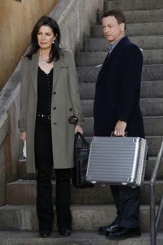 Sela Ward and Gary Sinise - csi ny