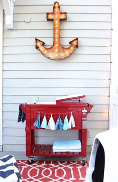 DIY marquee anchor tutorial - Coastal Decor - Porch Decorations - www.simplestylings.com