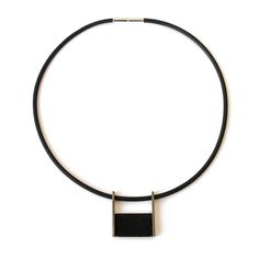 Susana Teixeira Home | necklace | 2016 | silver, oxide, pigments, rubber | 160x135x5mm