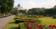 Parque e Jardim Volksgarten em Viena | Áustria #Viena #Áustria #europa #viagem