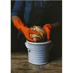 ceramic pottery jar for sauerkraut or kimchi in chalk white Fermented Sauerkraut, Sauerkraut Recipes, Fermented Foods, Pickling Crock, Fermentation Crock, Easy Starters, Sour Cocktail, Base Foods, Kimchi