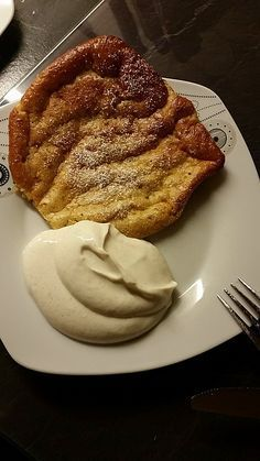 Low Carb Zimt-Oopsies Low Carb Cinnamon Oopsies, a good recipe from the Breakfast category. Ratings: Average: Ø Low Carb Sweets, Low Carb Desserts, Paleo Dessert, Dessert Recipes, Law Carb, Hcg Recipes, Good Food, Yummy Food, Skinny Recipes