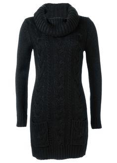 Moderné pletené šaty so širokým šálovým golierom a vrkočovým vzorom. Musíte mať na túto zimu! Vpredu s dvomi ozdobnými vreckami. Dĺžka od cca 80 cm (veľ. 32/34) do cca 88 cm (veľ. 48/50), možno prať v práčke. Vrchný materiál: 100% polyakryl