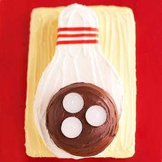 """Score a strike by serving this bowling birthday cake at your ace's party. This unique bowling theme cake nestles the candles (tea lights) right into the ball as the """"finger holes. Bowling Birthday Cakes, Birthday Party Hats, Birthday Treats, Birthday Celebration, Birthday Stuff, 70th Birthday, Fathers Day Cupcakes, Fathers Day Cake, Girl Cupcakes"""