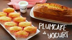 PLUMCAKE SOFFICE ALLO YOGURT Ricetta Facile in 2 Versioni - FATTO IN CAS... Bolos Low Carb, Mud Cake, Sweet Cakes, Biscotti, Breakfast Recipes, Bakery, Sweet Treats, Good Food, Food And Drink