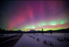Schitterende aurora borealis boven USA :: onweer-online.nl
