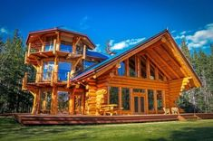 Privacy, Please: Rustic Lodge in Chilko, B., Canada The tower house is a log structure constructed with a three-story attached tower. Its log cabin design creates a sense of homeyness amidst the estate's upscale amenities. Small Log Cabin, Log Cabin Homes, Luxury Log Cabins, Rustic Cabins, Log Cabin Floor Plans, House Floor Plans, Free House Plans, Log Cabin Designs, Rustic Luxe