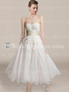 Shop beautifully designed strapless tea length wedding dresses at affordable prices. Visit us now!