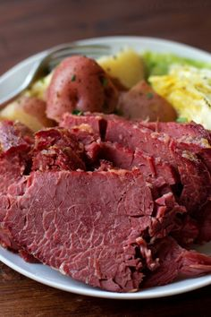 Corned Beef and Cabbage | lifemadesimplebakes.com Dutch Oven Corned Beef, Cooking Corned Beef, Corned Beef Brisket, Corned Beef Recipes, Roast Recipes, Yummy Recipes, Crockpot Cabbage Recipes, Slow Cooker Recipes
