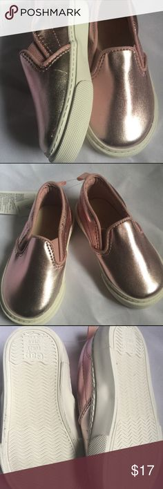 Gap slip ons Pink metallic Gap slip ons will be sure to spruce up any outfit. BNWT Size 6 *baby Gap shoes run small imo* Shoes Baby & Walker