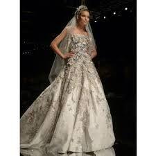 Stunning wedding dress from Elie Saab Silver Wedding Gowns, Sequin Wedding, Beautiful Wedding Gowns, Dream Wedding Dresses, Wedding Attire, Beautiful Dresses, Perfect Wedding, Elie Saab Couture, Elie Saab Gowns