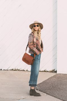 Caitlin Lindquist of the Arizona fashion blog Dash of Darling shares a spring outfit with Macy's wearing a Patricia Nash bag with Madewell cropped denim and an Anthropologie jacket.