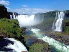 Les chutes d& : un site grandiose Oeuvre D'art, Oeuvres, Iguazu Falls, 7 Continents, Argentine, South America, National Parks, Spectacle, Waterfalls