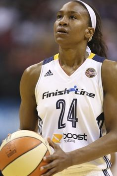 Chicago Sky vs. Indiana Fever - 9/19/15 East Semifinals Pick, Odds, and Prediction