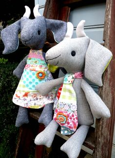 Frazzy Dazzles the gentle art of making 'Peggy and Billy the Kids' sewing pattern. www.frazzydazzles.com