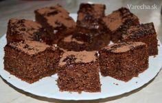 Jablkový perník šálkový Oreo Cupcakes, Cupcake Cakes, Sweets Cake, Pound Cake, Cake Recipes, Food And Drink, Cooking Recipes, Cookies, Baking