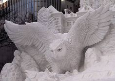 Google Image Result for http://coloredwall.com/img/art/snow-sculpture/snow-sculpture01.jpg