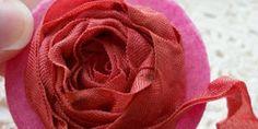 5 DIY Ribbon Flowers You Can Make