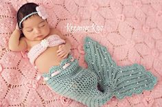 Newborn Mermaid Photo Prop/ Aqua and Pink Mermaid/ Baby Mermaid/ Crochet Newborn Mermaid