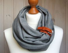 TUBE Scarf in GRAY Infinity circle