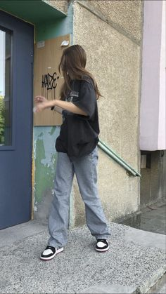 Tomboy Fashion, Teen Fashion Outfits, Retro Outfits, Grunge Outfits, Streetwear Fashion, Tomboy Style, Swaggy Outfits, Cute Casual Outfits, Mode Hipster