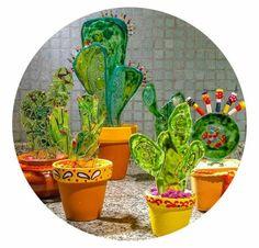Cactus Garden Deco, Glass Garden, Garden Art, Fused Glass Jewelry, Fused Glass Art, Cumple Toy Story, Cactus Craft, Glass Fusion Ideas, Glass Cactus