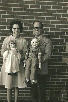 """""""Il n'est pas utile de faire le ventriloque et de glisser la main dans les entrailles: cela parle en nous."""""""