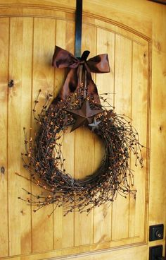 Simple Rustic Berry Wreath for Fall home outdoors autumn fall decorate porch ideas halloween thanksgiving holidays wreath