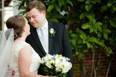 Bride and Groom Photos at Teal and Gray Summer Wedding at Belmont Country Club in Ashburn VA | Kelly Ewell Photography