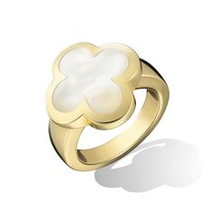 Since 2001, the Alhambra collection has brought a soft, contemporary touch to the iconic Van Cleef & Arpels design, emphasizing different materials and colors. The soothing glow of white mother-of-pearl contrasts with the yellow gold in this sophisticated ring.
