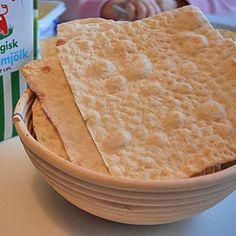 Recept på hårt tunnbröd Bagan, Bread Crumbs, Crackers, Bread Recipes, Food And Drink, Green Garden, Candy, Cookies, Healthy