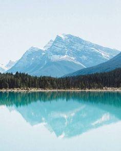 Herbert Lake - Alberta, Canada