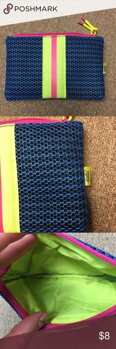 Ipsy Makeup Bag Ipsy Bag January 2018. Brand New Cute gym themed bag. Perfect New Years resolutions bag. Make an offer or check out my other items for bundles! Sephora Bags Cosmetic Bags & Cases