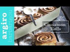 Ρολάκια κανέλας (Cinnamon rolls) από την Αργυρώ Μπαρμπαρίγου | Εύκολη αυθεντική συνταγή για αφράτα ρολά κανέλας με γλάσο. Γρήγορα, με 10' προετοιμασία! Pecan Rolls, Cinnamon Rolls, Actifry, Bread Rolls, Greek Recipes, Biscuits, Cooking Recipes, Sweets, Cookies