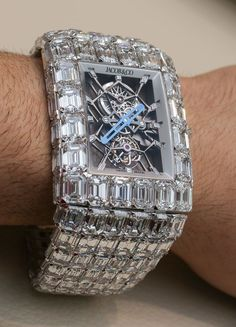 Diamond Luxurman watches bring you the best value for your money. Buy brand new and real Luxurman Diamond Watches for men and women with full warranty from us and save. Amazing Watches, Beautiful Watches, Cool Watches, Rolex Watches, Nixon Watches, Unique Watches, Wrist Watches, Cartier, Swiss Army Watches