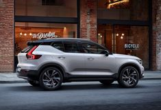 Volvo Embraces Urban Crossover Aesthetics with the XC40
