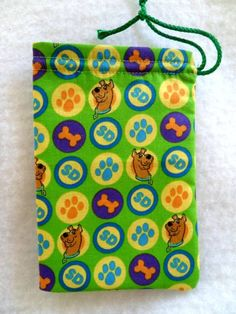 Scooby Doo Party Favor Bag....I can make these myself!
