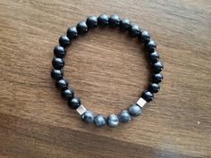 Elastic Bracelet for man made of semi-precious stones of onyx and black labradorite . Labradorite, Beaded Necklace, Beaded Bracelets, Stone Bracelet, Bracelets For Men, Etsy, Boutique, Black, Jewelry