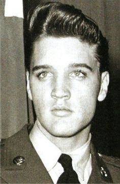 Elvis, Love this great photo of Elvis Presley, in the army.