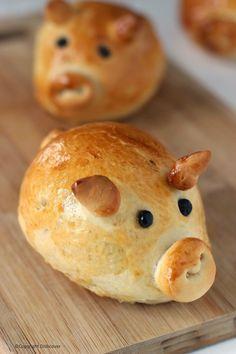 Worstenbrood in de vorm van een muisje