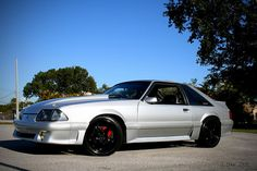 1993 Mustang GT - just gorgeous! Fox Body Mustang, Mustang Cobra, 1993 Ford Mustang, Ford Gt, Pony Car, Sweet Cars, American Muscle Cars, Hot Cars, Custom Cars