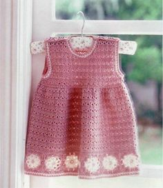 Beautiful crochet dress made with simple shapes and graphic explaining step by step. Stylish baby.               -                FREE PATTERNS