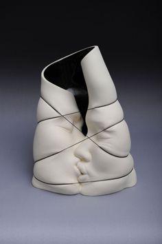 Incredible ceramic sculptures by Johnson Tsang
