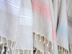 Turkish-T - Linen bath towel. Home Decor Accessories, Decorative Accessories, Bath Towel Size, Turkish Bath Towels, Linen Towels, Tea Towels, Towel Rug, Luxury Towels, Bath Decor