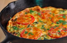 Frittata with Broccoli and Tomatoes. Frittata with Broccoli Tomatoes and Smoked Cheddar Bacon Stuffed Mushrooms, Stuffed Peppers, Brunch Recipes, Breakfast Recipes, Tapas, Camping Meals, Food Inspiration, Good Food, Food And Drink