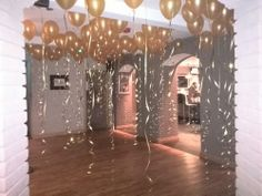 Transform your dance floor with these fab ceiling balloons. This was at Carbon Bars in Bolton.  www.balloonworx.co.uk